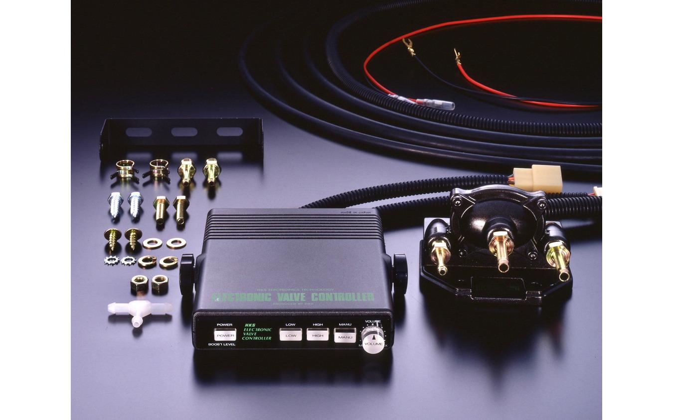 1987年に登場した初代EVC