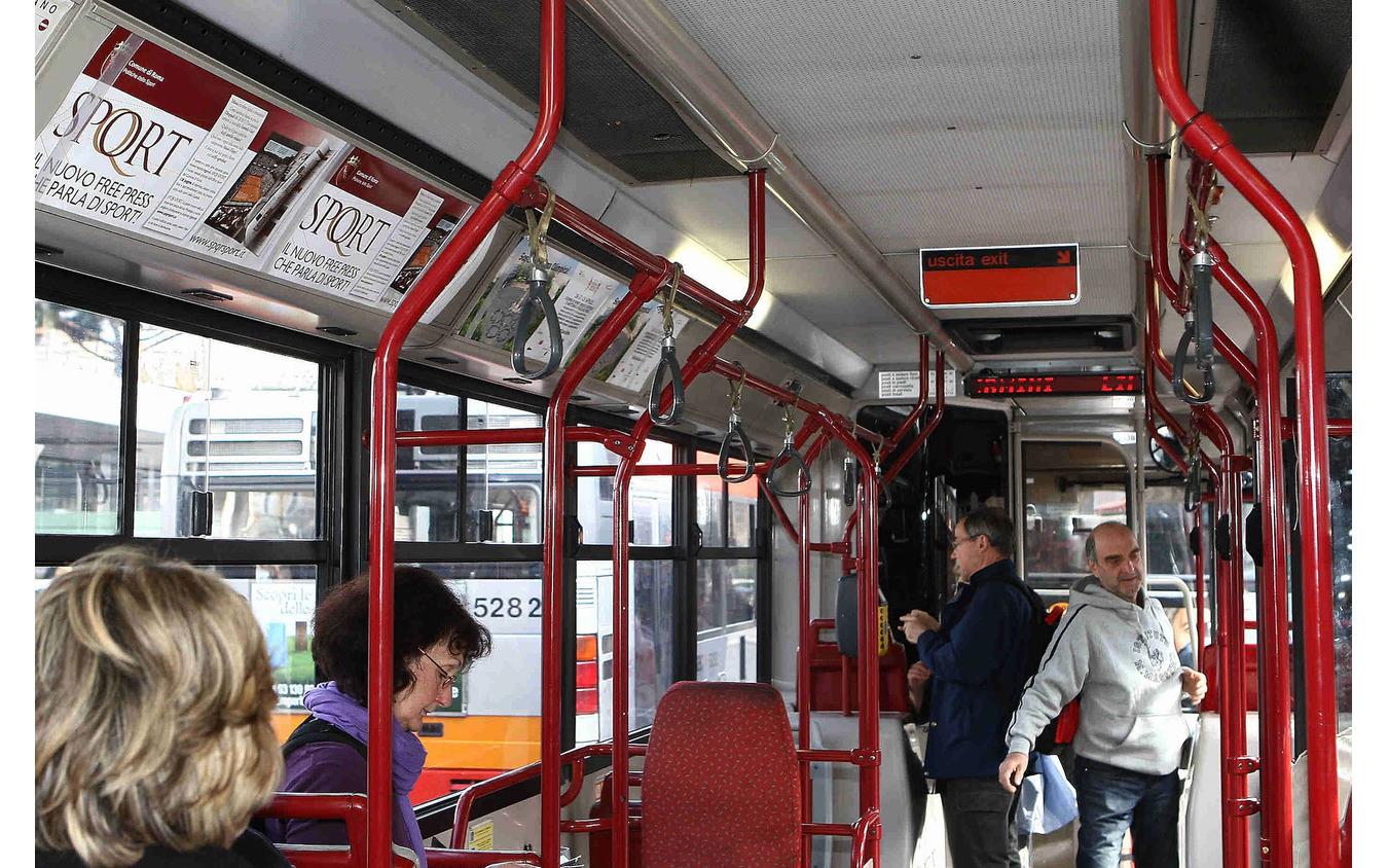 イタリアのバス(イメージ)