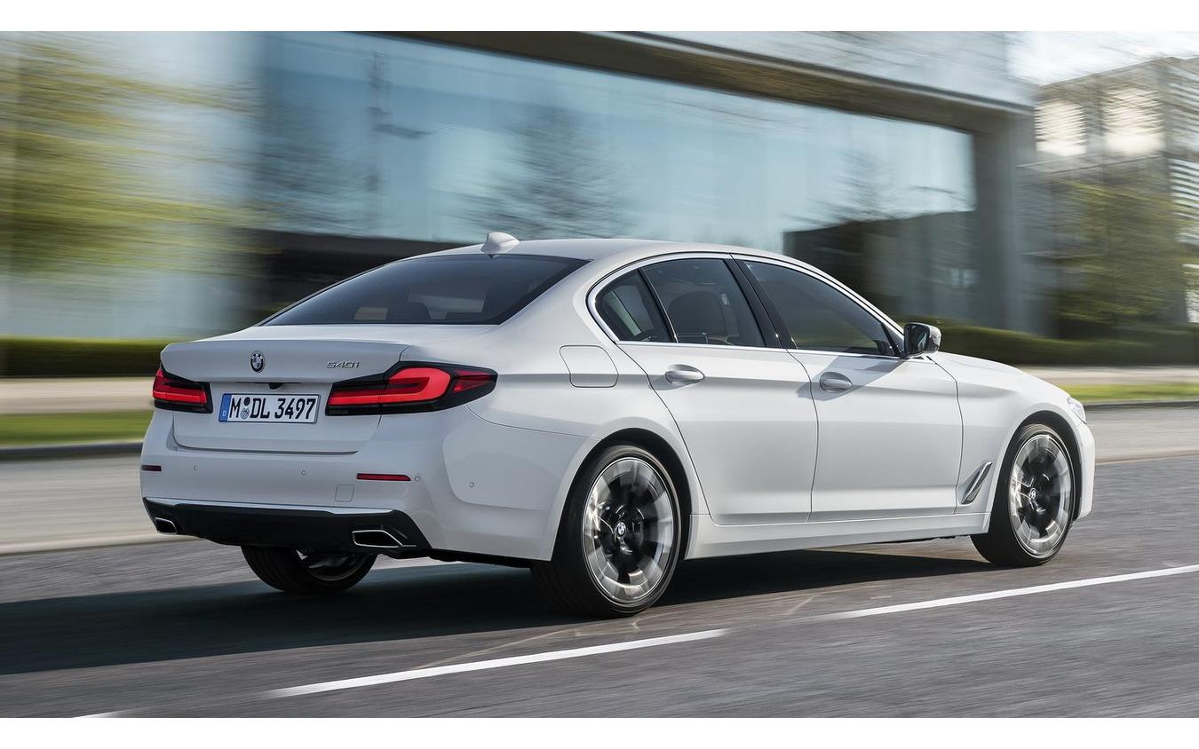 BMW 5シリーズ・セダン 改良新型