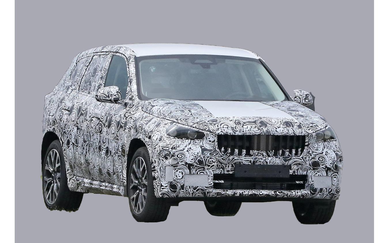 BMW X1 次期型プロトタイプ(スクープ写真)