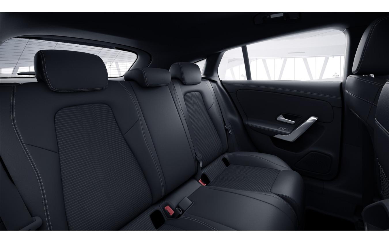 メルセデスベンツ CLA シューティングブレーク 新型のPHV「CLA 250 e シューティングブレーク」