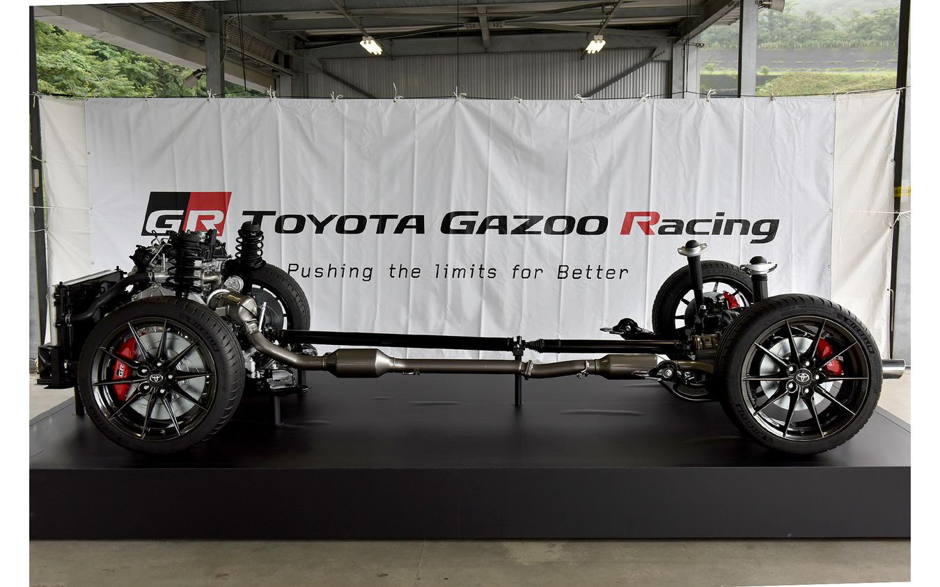 トヨタ GRヤリス(4WD)のカットモデル