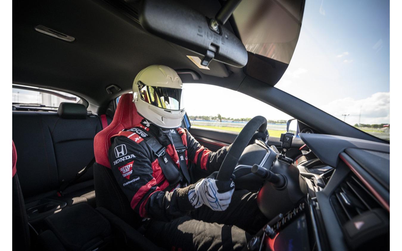 ホンダ・シビックタイプR改良新型のインディカー・シリーズのペースカー