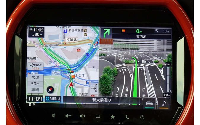 メモリーナビはパイオニア製。政令都市では詳細な3Dマップで進行方向を案内する