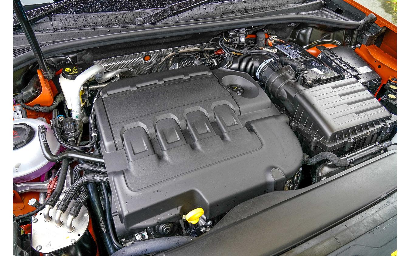アウディ Q3 新型(Q3 35 TDI quattro S line)