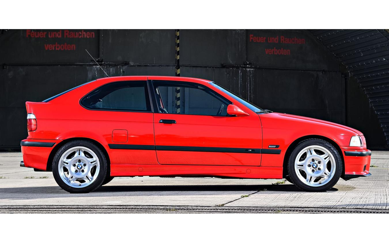 BMW 3シリーズ(E36型)の「ti コンパクト」(写真はM3コンパクト)