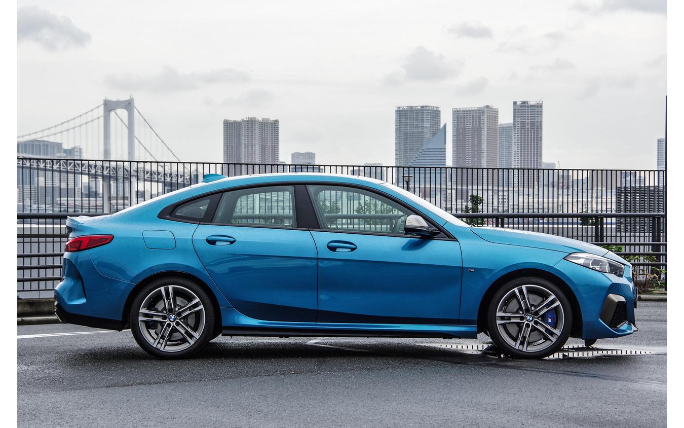 BMW 2シリーズグランクーペ(M235i xDrive グランクーペ )