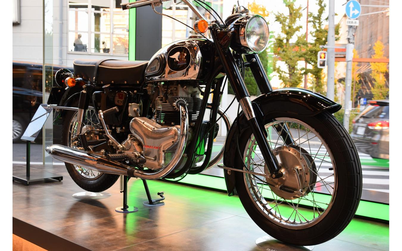 1965カワサキ500メグロK2