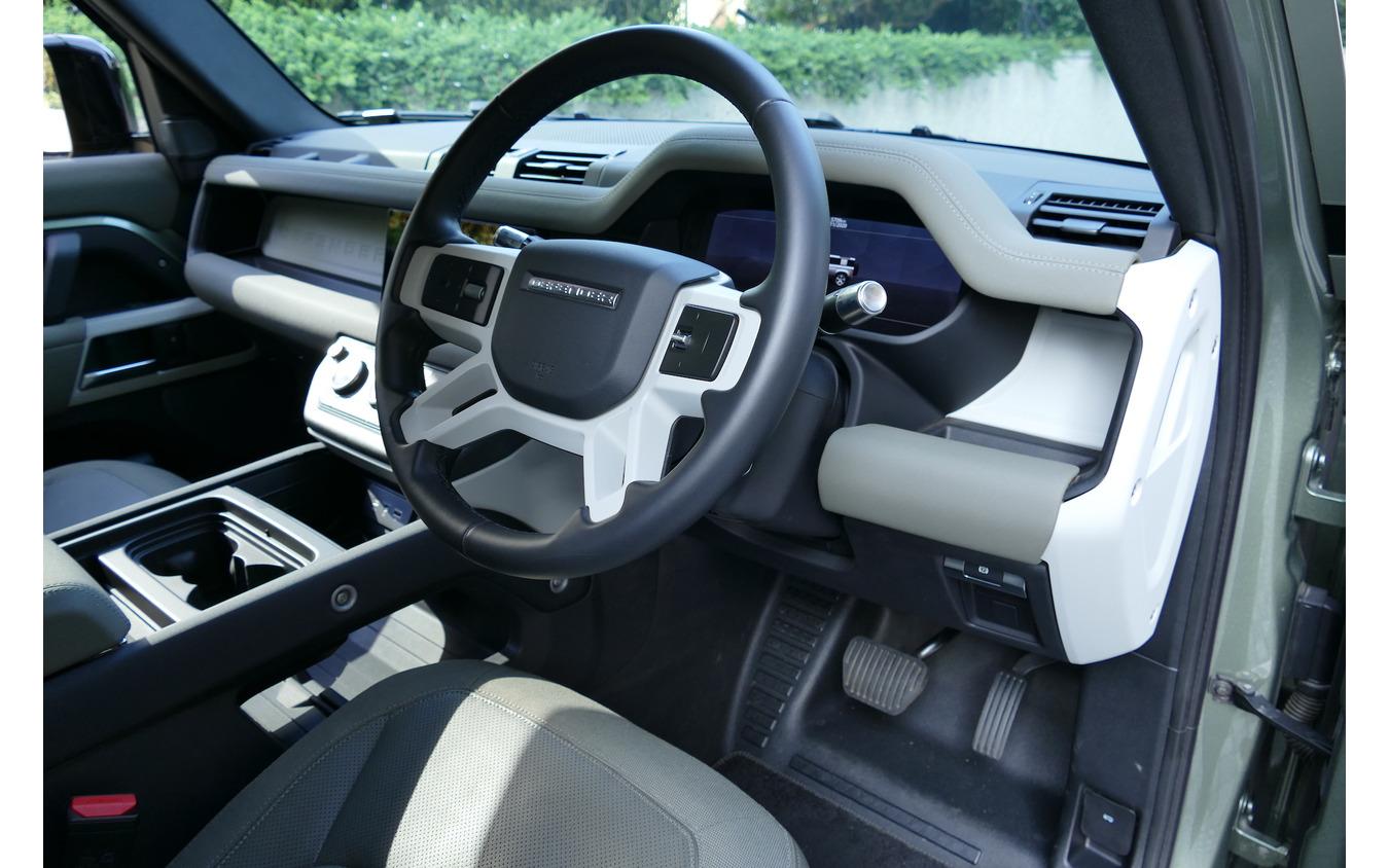 ランドローバー ディフェンダー110 SE