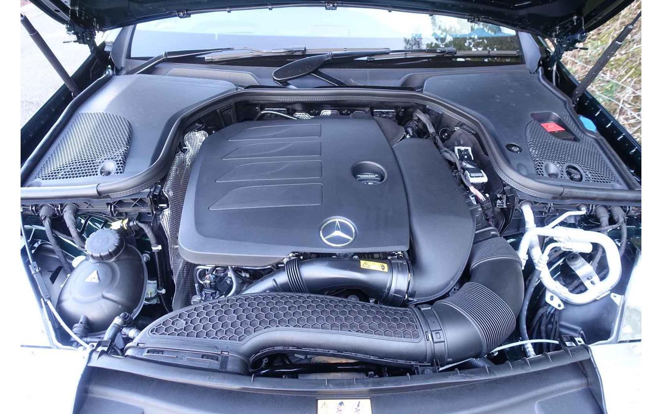 メルセデスベンツ Eクラスクーペ(E300)