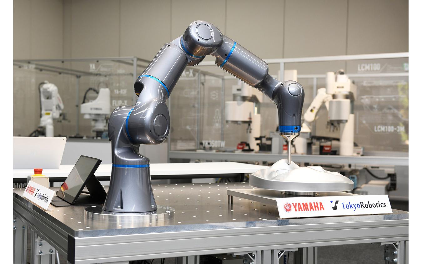 ヤマハ発動機が開発した「協働ロボット」の試作機