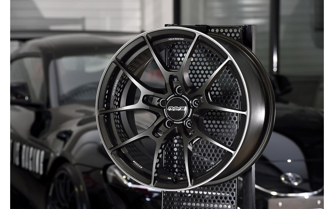 Volk Racing G025