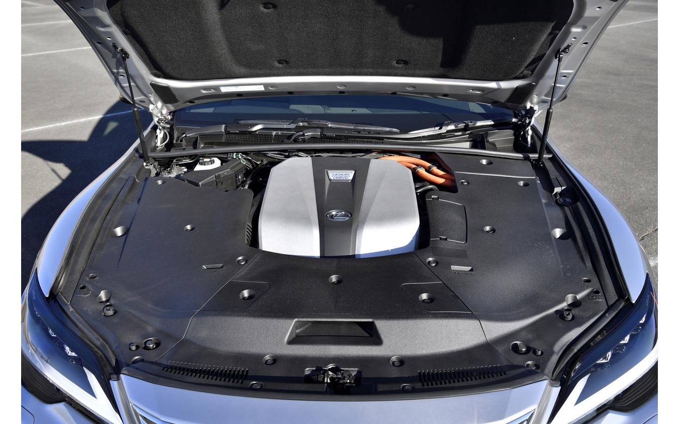 レクサス LS500h 改良新型