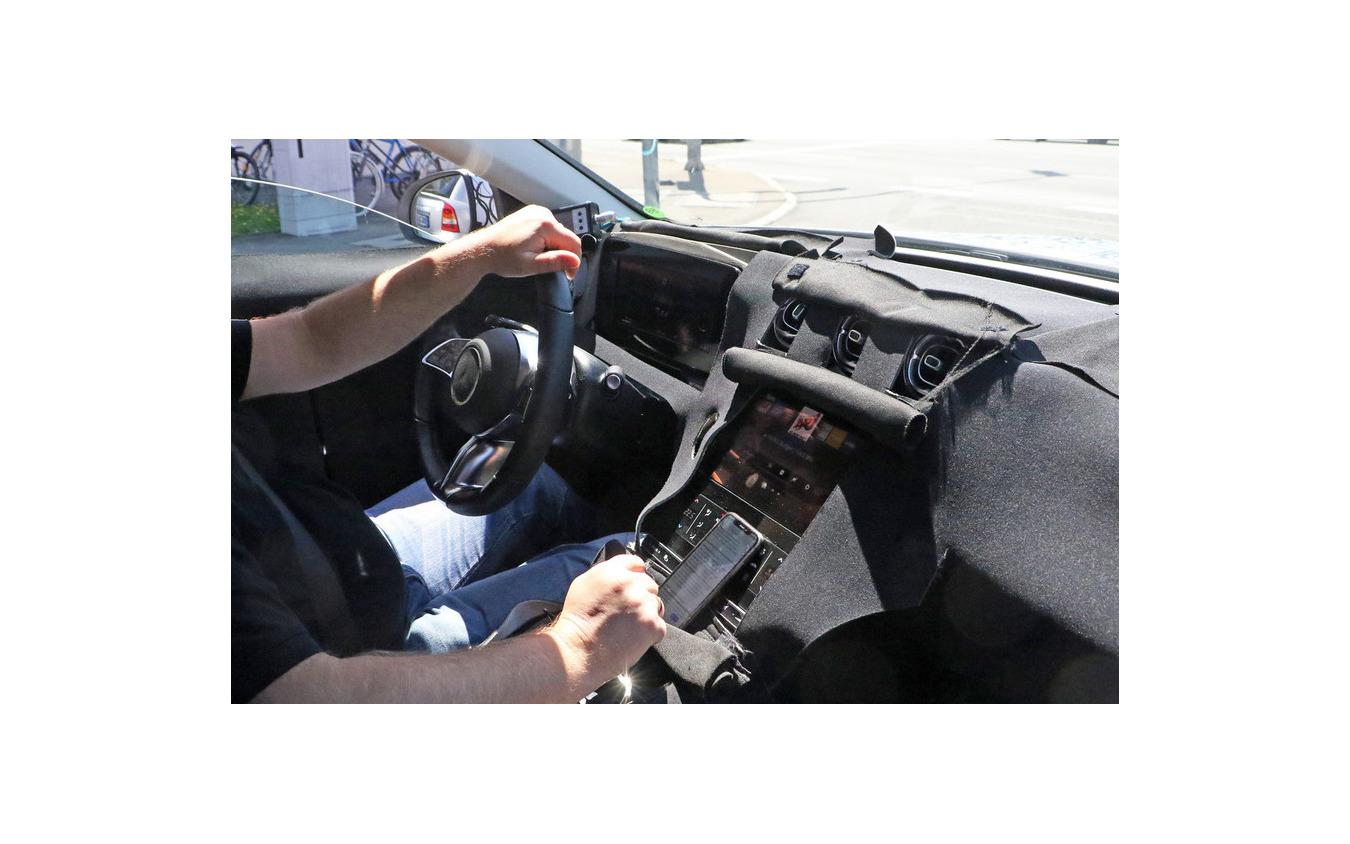 メルセデスベンツ Cクラスステーションワゴン 次期型プロトタイプ(スクープ写真)