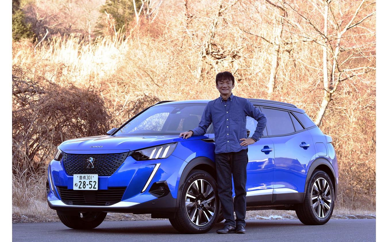 プジョー e-2008 と モータージャーナリスト 岡本幸一郎 氏