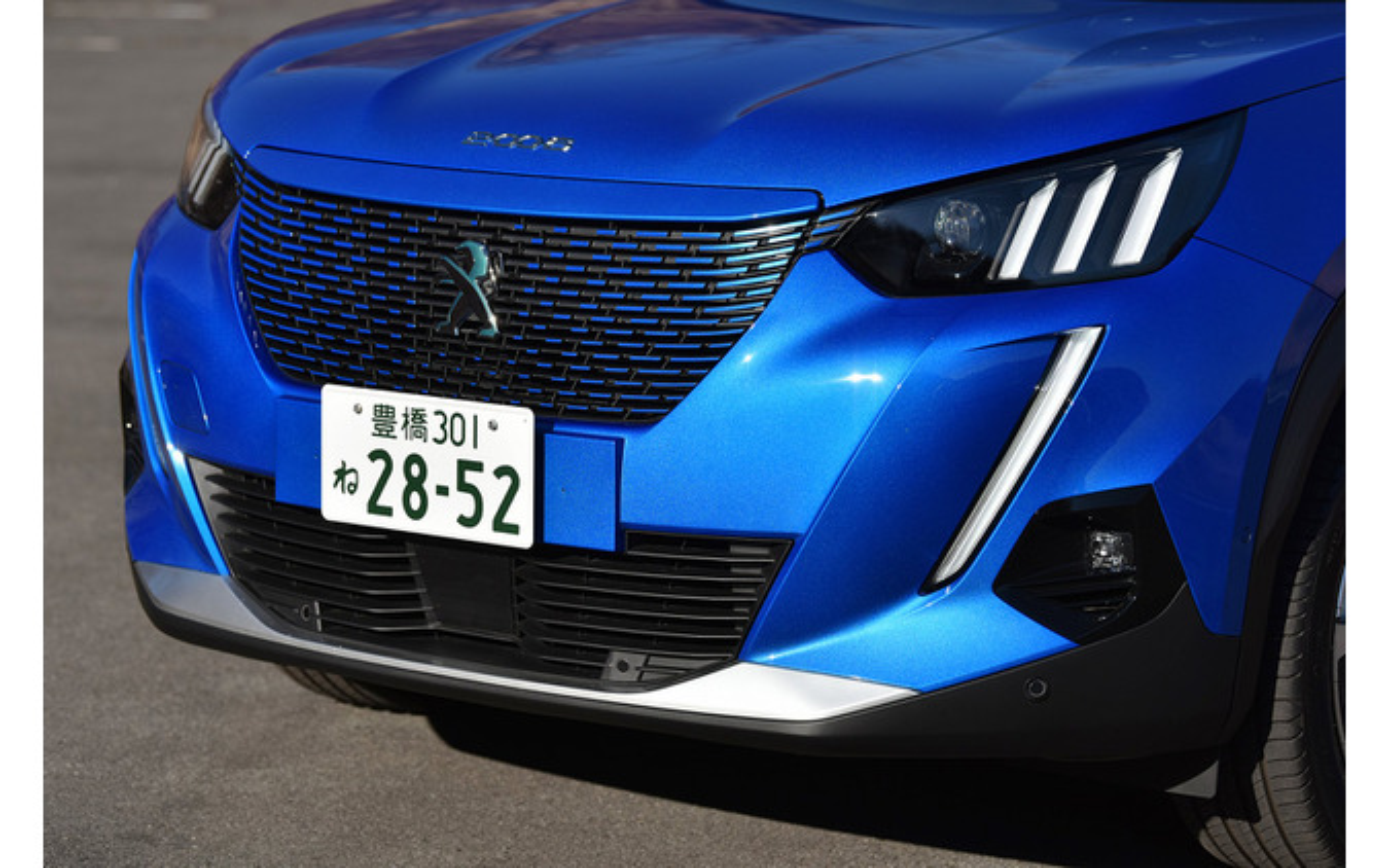 プジョー e-2008 GT LINE