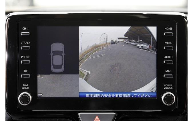 リバースにいれた直後は停車位置から移せる範囲が表示される