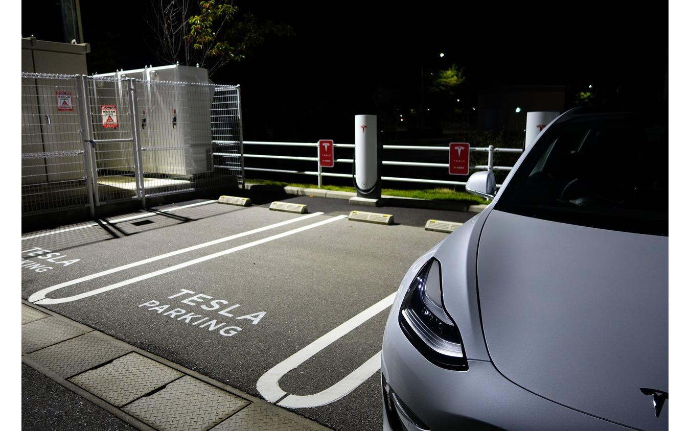 広島で低出力型のスーパーチャージャーを試しているの図。