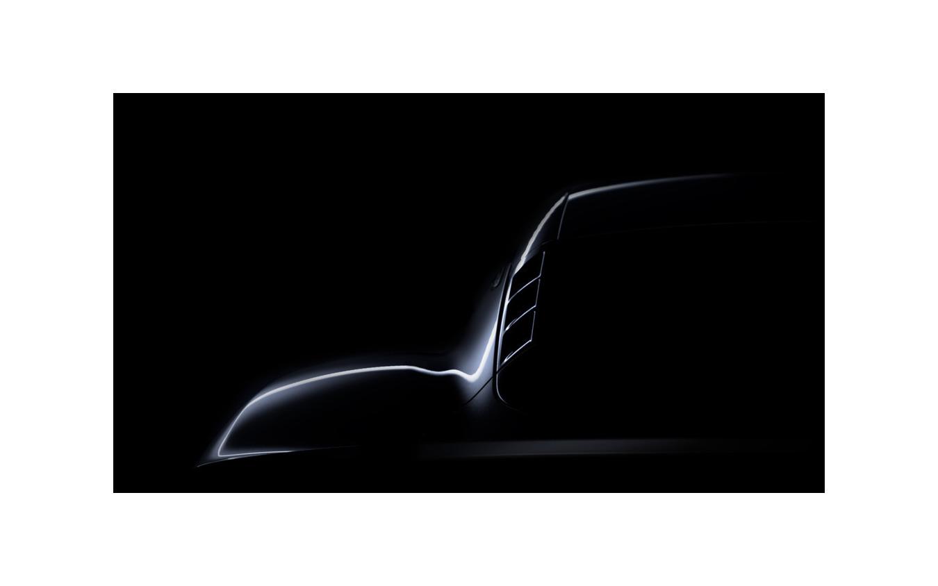 ロータスの新型スポーツカー、車名は『エミーラ』
