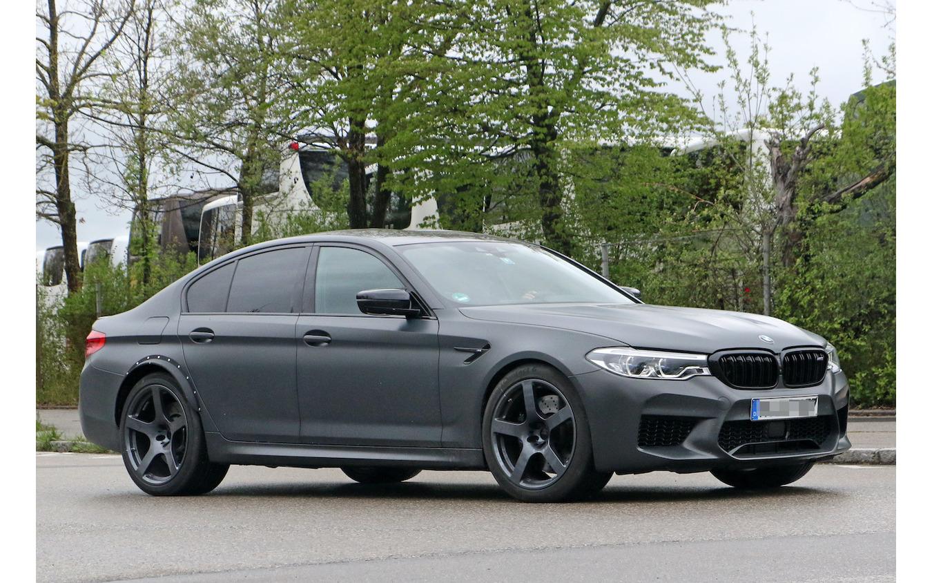 BMW M5 謎のプロトタイプ車両(スクープ写真)