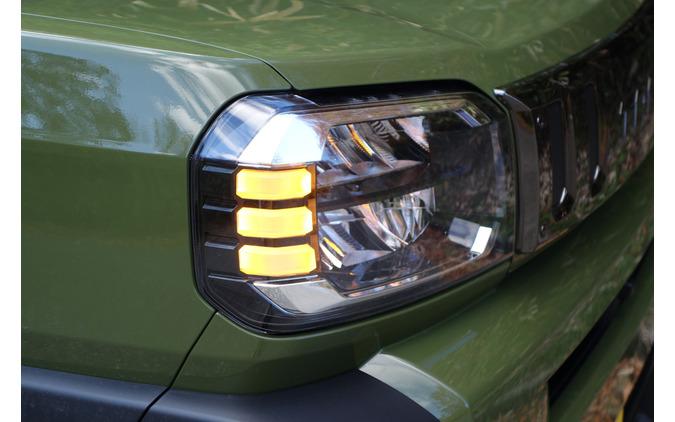ヘッドランプはアクティブハイビームつき。どこまで進化するのか軽自動車という感じであった。