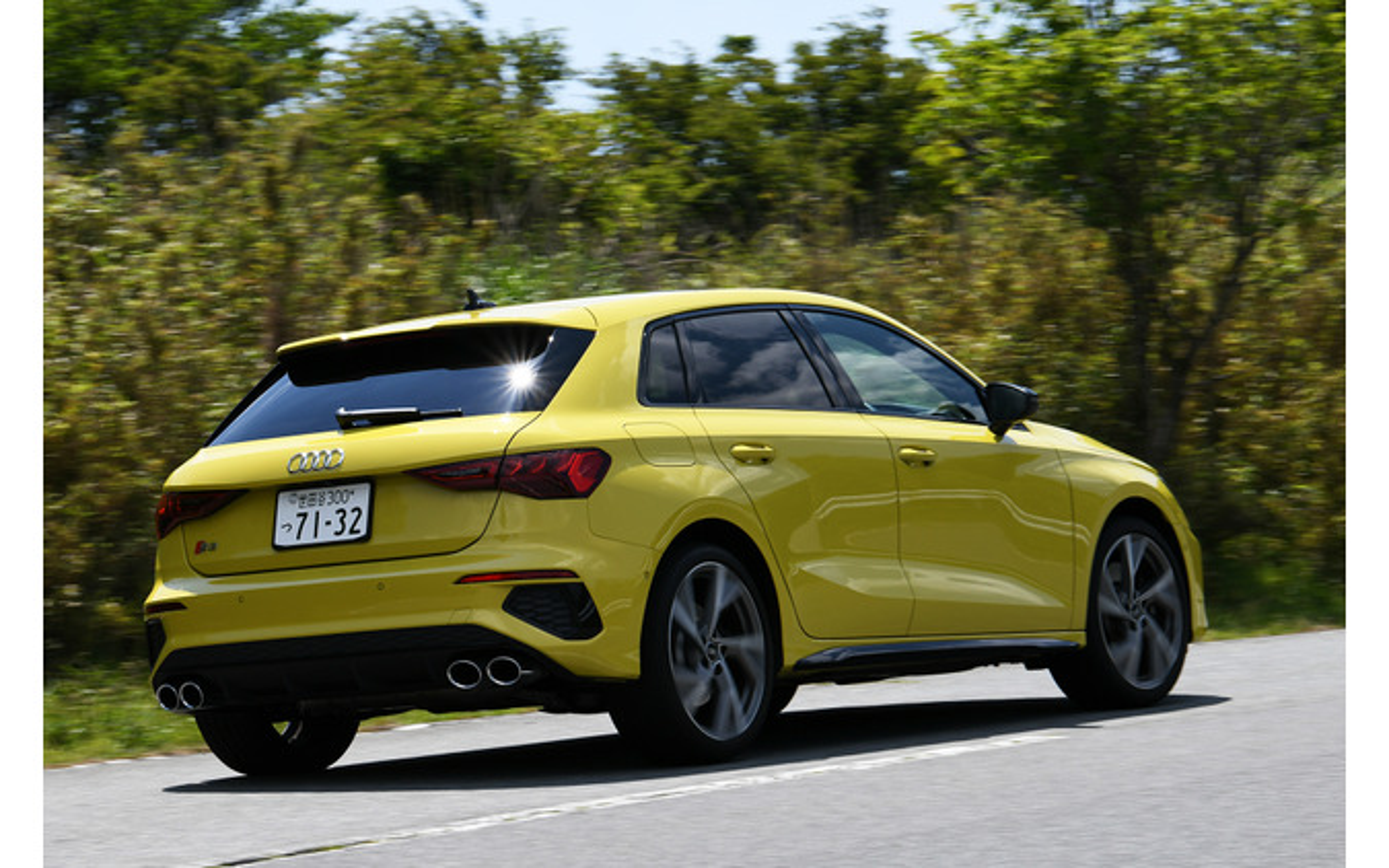 アウディ S3スポーツバック 新型