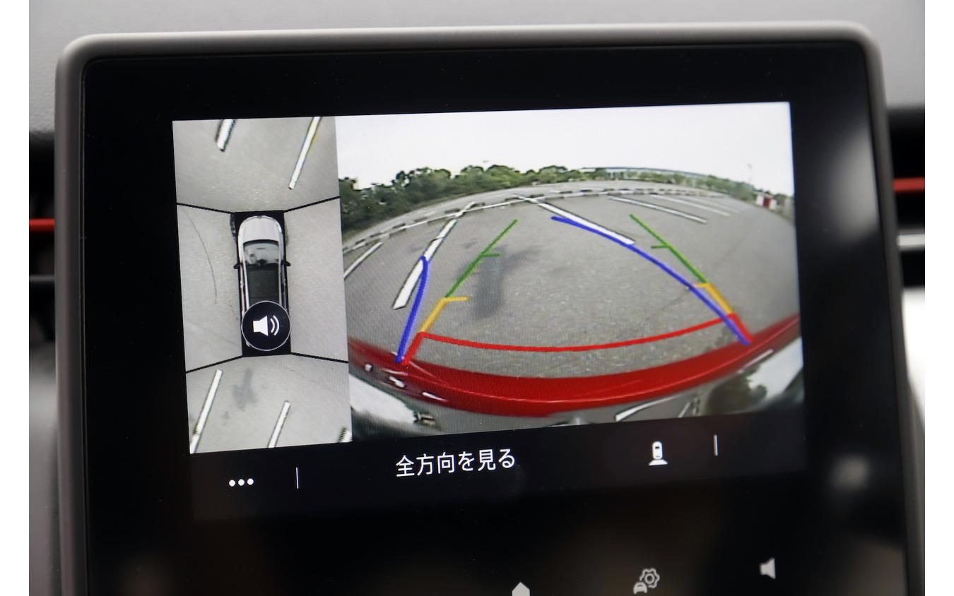 ルノー ルーテシア 新型試乗 360°カメラ表示
