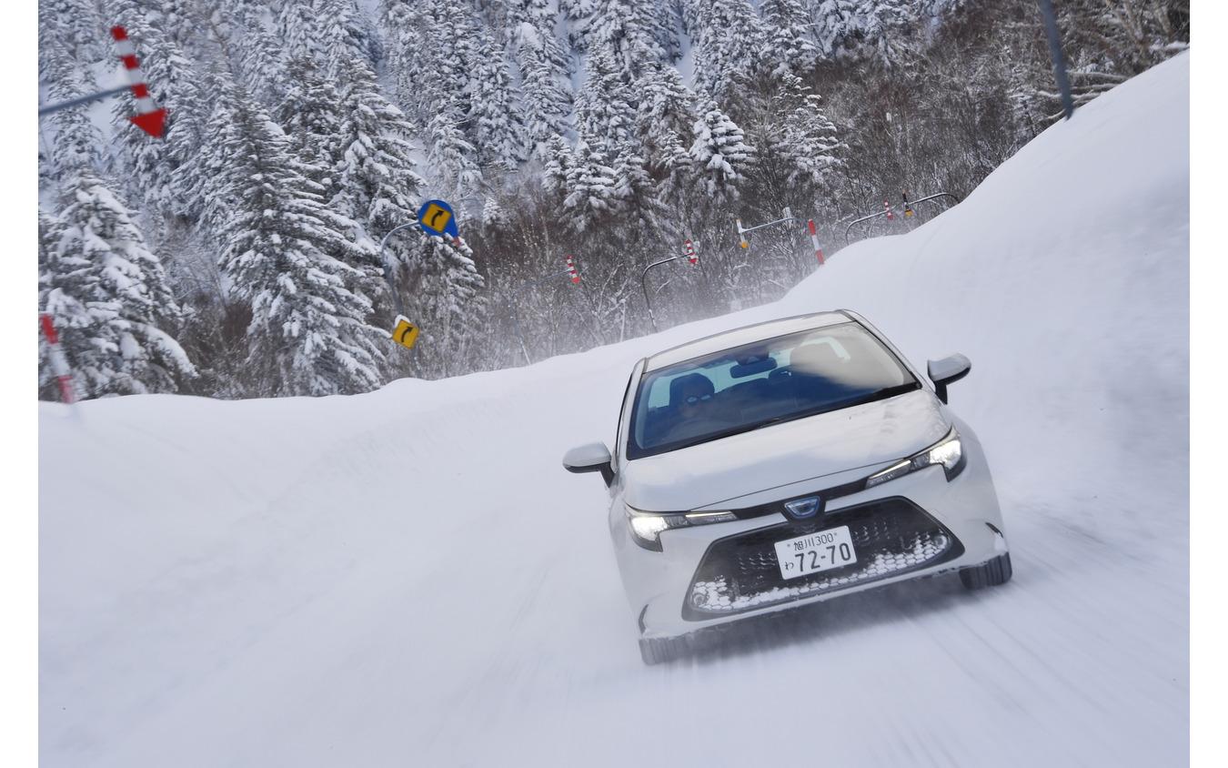 ヨコハマ アイスガード7 雪上氷上試乗(トヨタ カローラ)