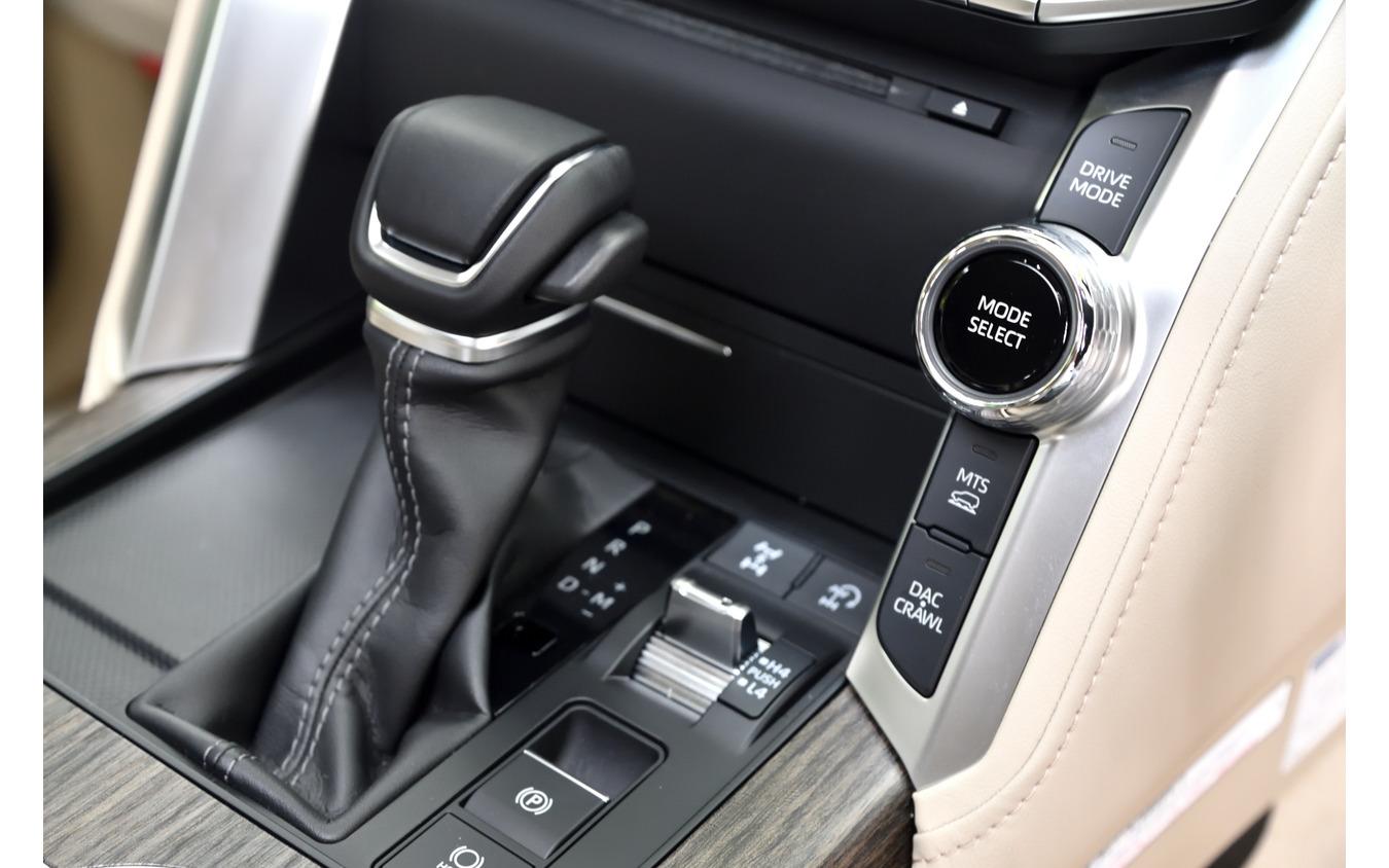 トヨタ ランドクルーザー 新型(ZX ガソリン)