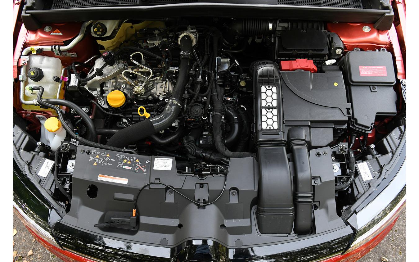 ルノー メガーヌ スポーツツアラー INTENS ターボチャージャー付 筒内直接噴射 直列1.3L 4気筒DOHC16バルブ