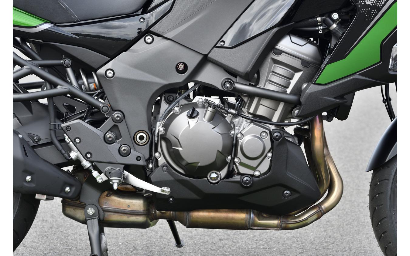 カワサキ ヴェルシス1000 SEのエンジン