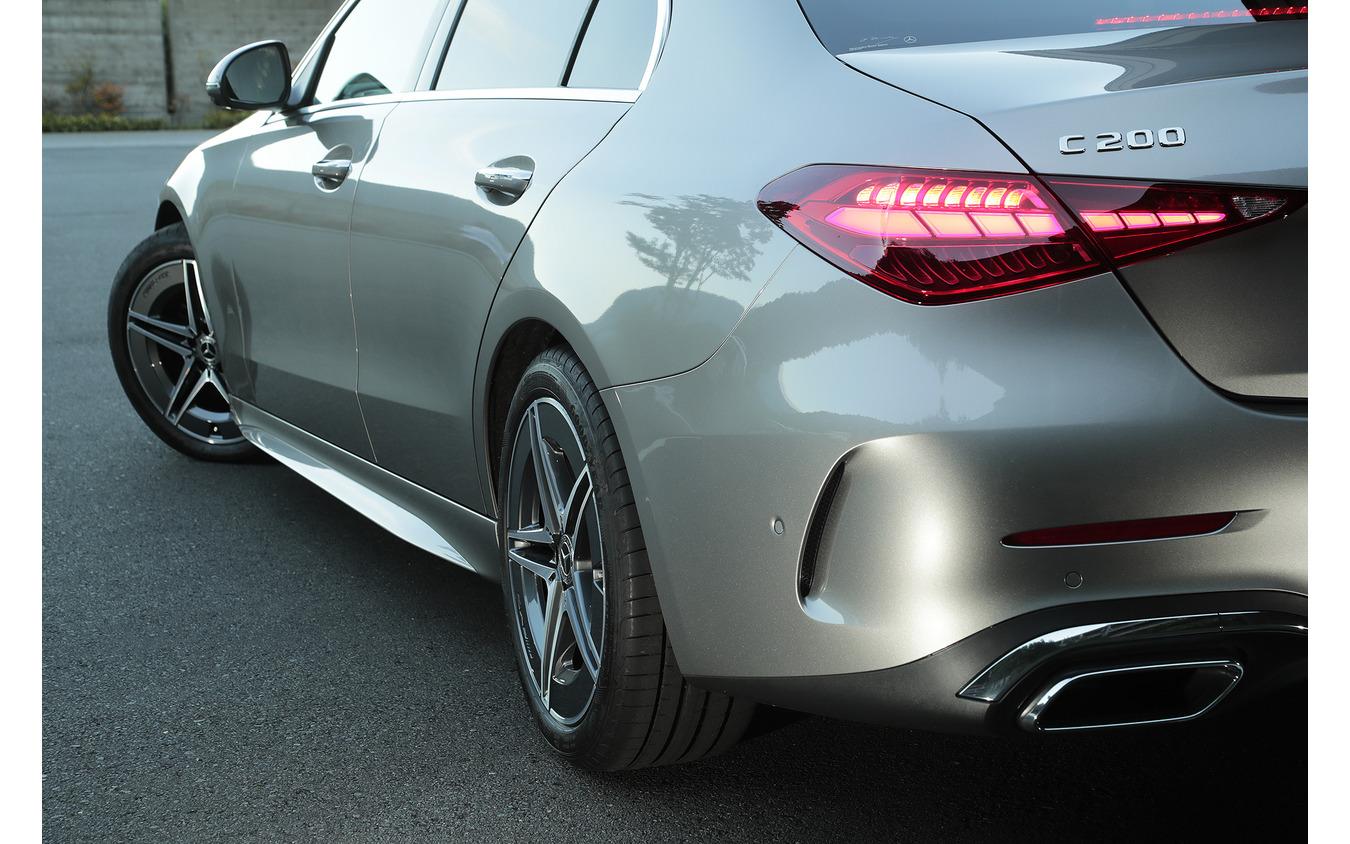 メルセデスベンツ Cクラス 新型(C200 アバンギャルド AMGライン装着車)