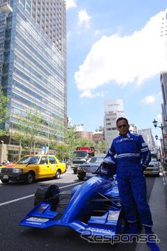 オーナーの石川剛さん。左に見えるのは東京ミッドタウンだ