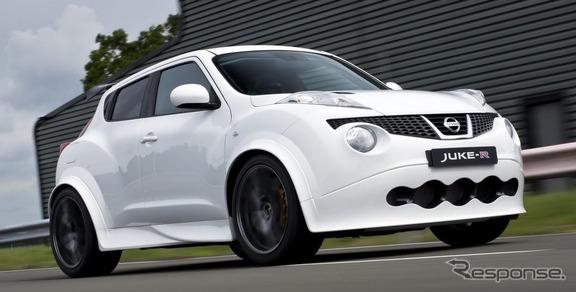 日産 ジューク-Rの量産第1号車
