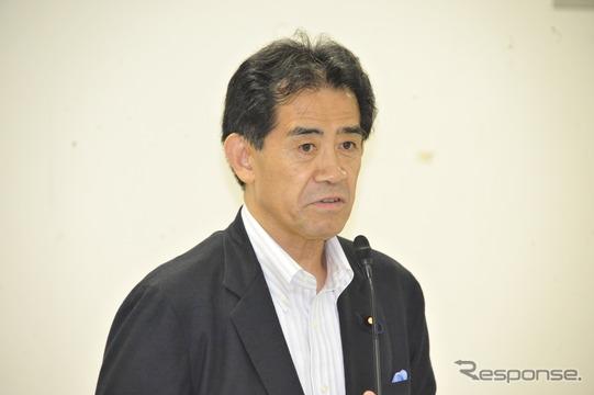 二輪車ETC助成の申入れを決議した自民党オートバイ議連・逢沢一郎会長(26日・自民党本部)