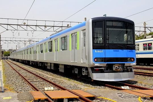 東武鉄道は野田線に「東武アーバンパークライン」の路線愛称名を導入すると発表。同社は写真の最新型車両60000系を投入するなど、同線のイメージアップを積極的に推進している