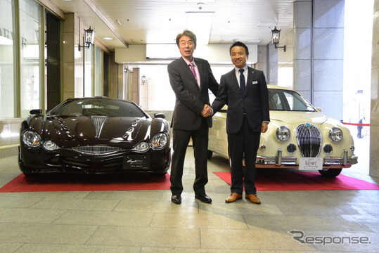 光岡自動車 光岡章夫社長(左)