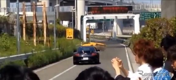 首都高の大黒PAで起きたランボルギーニ ディアブロの単独事故