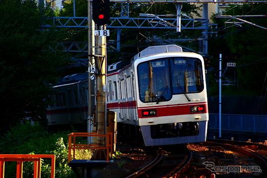 神戸電鉄と北神急行電鉄は2015年春から交通系ICカードの全国相互利用サービスに対応する。写真は神戸電鉄の列車。
