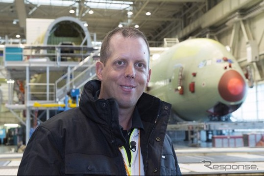 エミレーツ航空、「究極のA380ファン」をエアバス製造施設に招待(1)