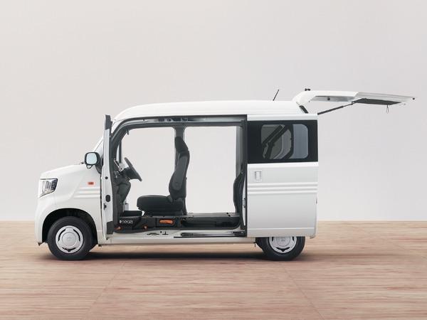 ホンダ、「ダブルビッグ大開口&フルフラット」の新型軽バン N-VAN 発売 126万7920円より