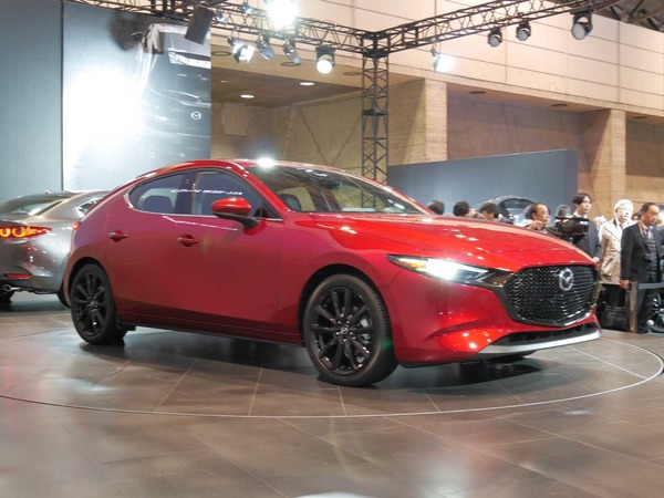 mazda 3 the first publication in the country is the name unified globally tokyo auto salon. Black Bedroom Furniture Sets. Home Design Ideas