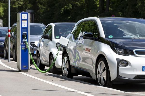 ボッシュが電動車向けクラウドサービス、バッテリー寿命を長く…フランクフルトモーターショー2019で発表へ