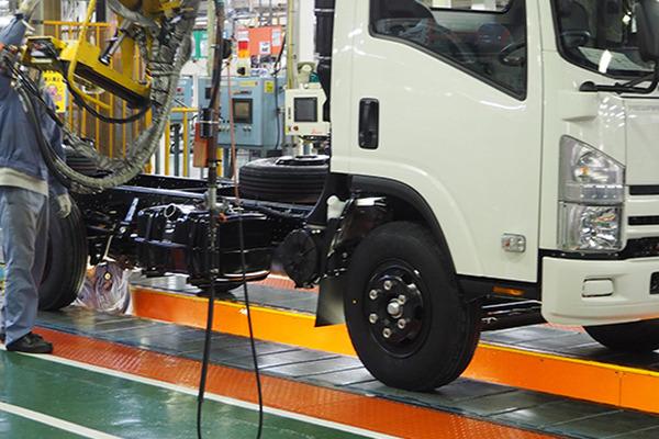 藤沢 工場 コロナ いすゞ いすゞ、藤沢工場の従業員2人がコロナ感染 5日間生産停止(日刊自動車新聞)