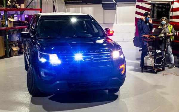 フォードモーター、新型コロナウイルスを殺菌できるソフト開発…警察車両に導入へ