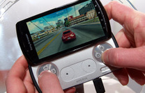 PSフォン Xperia PLAY などMWCで公開…ソニー・エリクソン 画像