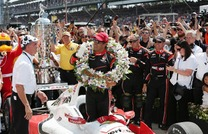 【INDYCAR 第6戦】モントーヤが大逆転優勝! 琢磨は1周目のアクシデントが響き13位 画像