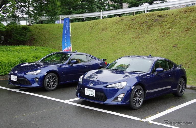 改良新型の86(左)と、今回のテスト車として使用した従来型の86(右)