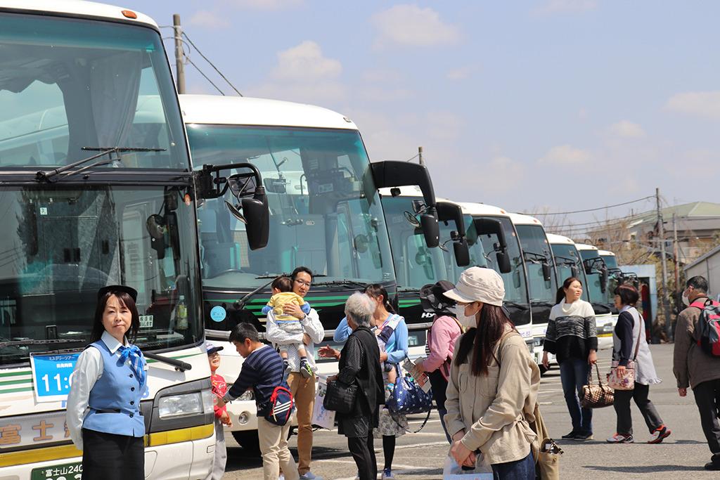 ツアー 富士急 バス