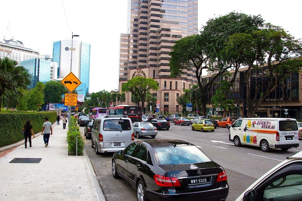 中田徹の沸騰アジア】安定成長中のマレーシア市場、苦戦続くプロトンの ...